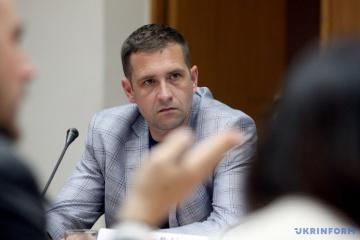 クリミア担当ウクライナ大統領代表「ロシア軍は、ウクライナ海軍の艦船を奪取しようとしている」