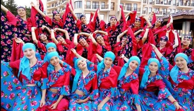 Дитячий ансамбль танцю з Донеччини переміг на міжнародному фестивалі у Болгарії
