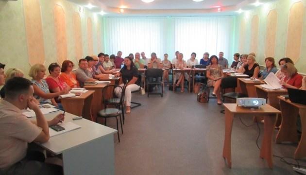 ОТГ Луганщини готуються перебирати на себе соцзахист громадян