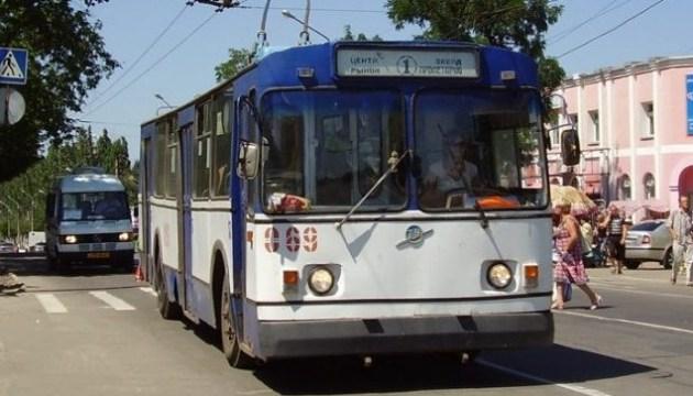 У Лисичанську стали тролейбуси: спочатку - гроші, потім - електроенергія