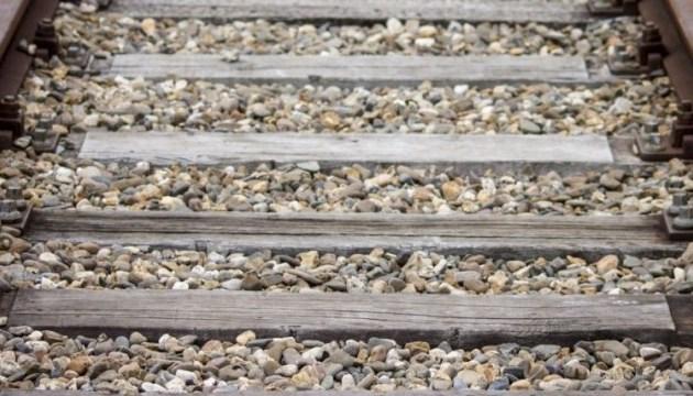 У Сумах під колесами потяга загинула телеведуча