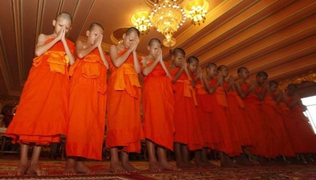 Спасенные из пещеры в Таиланде мальчики вернулись в свои семьи