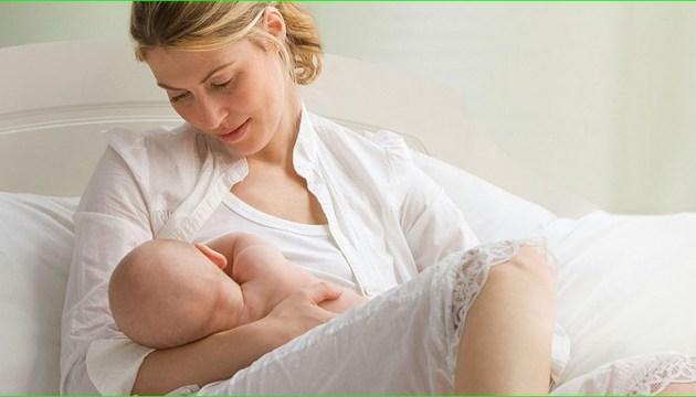 Поради від МОЗ: як правильно годувати дитину грудьми