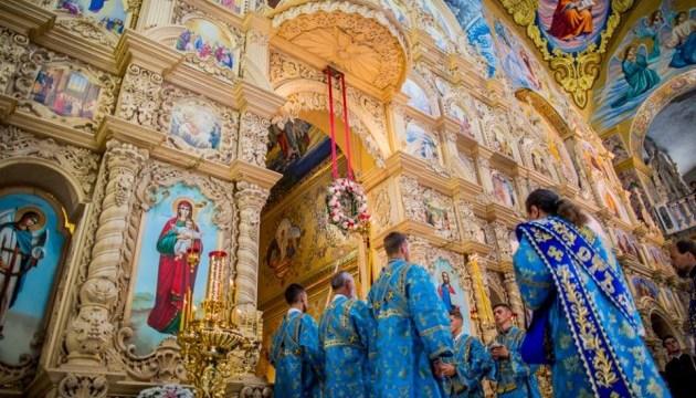 Тысячи паломников прибыли в Почаев для чествования главной святыни обители