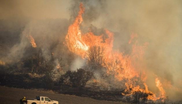 У Каліфорнії триває одна з найбільш спустошливих пожеж в її історії