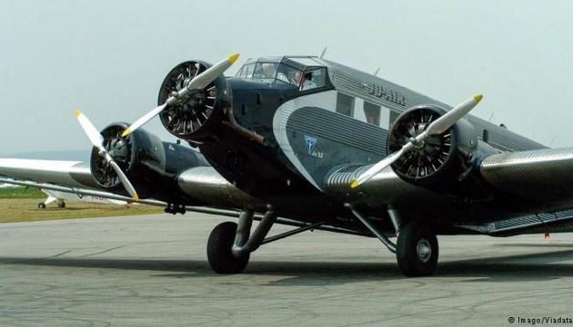 В Швейцарии разбился самолет 1939 года - на борту могло быть до 20 человек