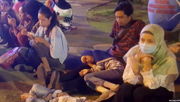 Количество погибших от землетрясения в Индонезии возросло до 91