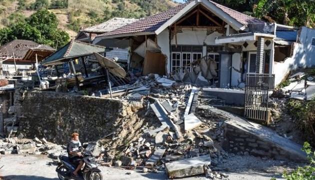 Кількість жертв землетрусу в Індонезії зросла до 100