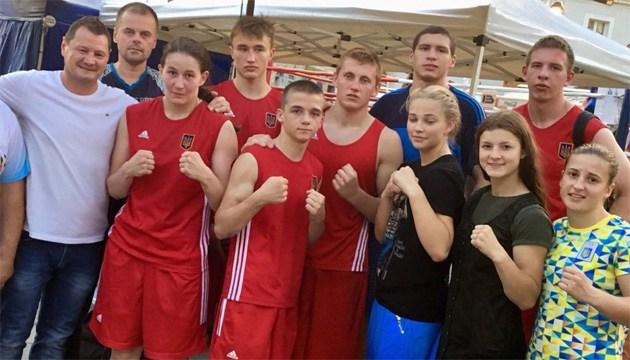Украинские боксеры завоевали 9 наград на турнире в Венгрии