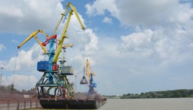 Дунайське пароплавство наростило перевезення вантажів до 1,3 мільйона тонн