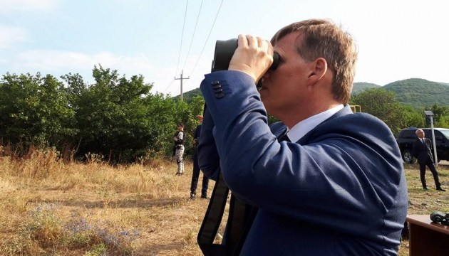 Ukrainian Vice PM visits administrative border with South Ossetia. Photos