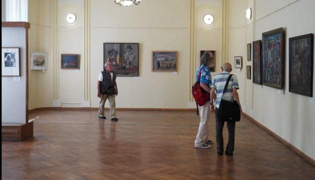 В Черновцах открыли выставку картин известных еврейских художников Буковины