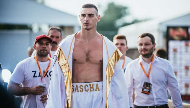 Бокс: непереможений суперважковаговик Захожий наступний бій проведе у вересні