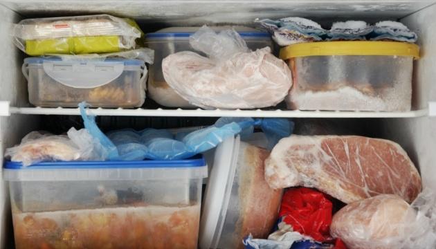 «Хвороба холодильника», або Що таке лістеріоз і з чим його їдять