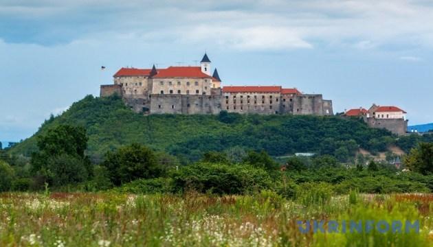 Мукачівська фортеця: паланок-гейт і феномен економічного успіху