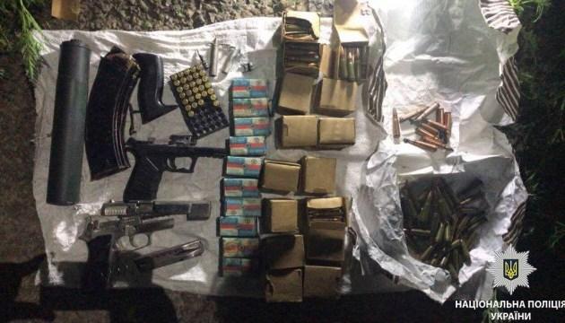 Украинец пытался ввезти в Молдову внушительное количество оружия