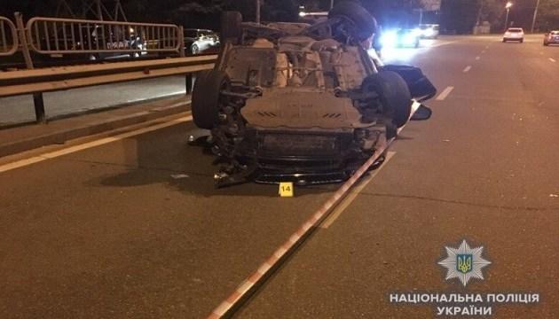 У Києві Skoda влетіла у три авто, є загиблий