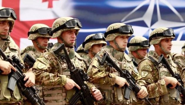 Столтенберг анонсировал расширение сотрудничества НАТО с Грузией