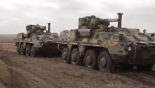 Malyshev Plant assembling new body of BTR-4 APC - Poroshenko