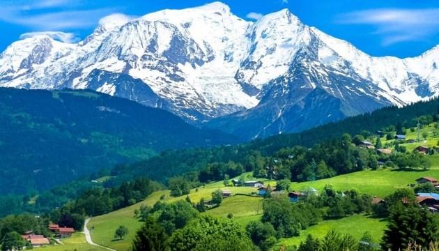 Троє альпіністів загубилися на Монблані