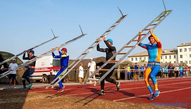 Одесситы завоевали три «золота» на Кубке Украины по пожарно-прикладному спорту