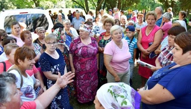 На Чернігівщині селяни вимагають повернути листонош