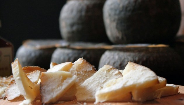 У Єгипті знайшли один із найдревніших сирів світу