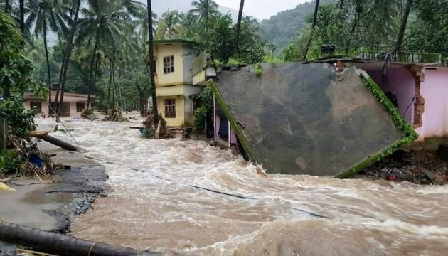 В Індії від повеней і зсувів загинули 26 осіб