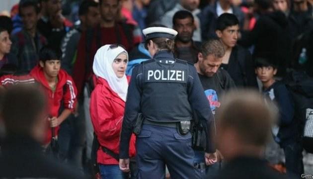 Німеччина спрощує процедуру депортації мігрантів