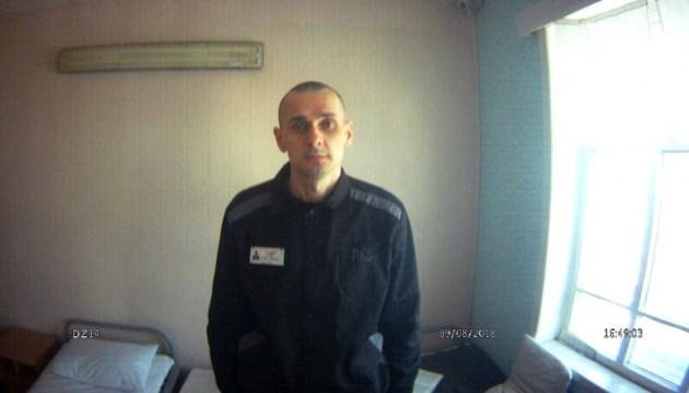 Des personnalités culturelles et des hauts fonctionnaires français exhortent à libérer Oleg Sentsov