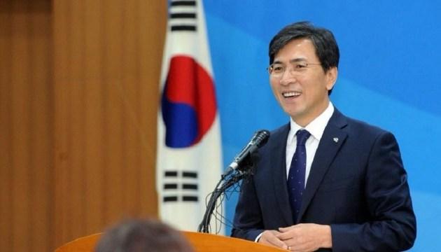 В Корее оправдали политика, обвиненного в домогательствах