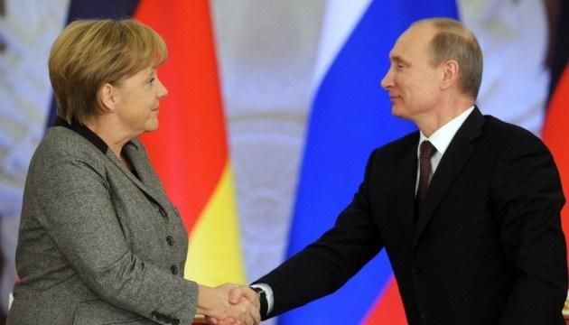 Для Путина и Меркель тема Украины сейчас не главная