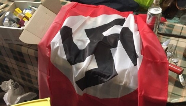 ГПУ: В камерах «торнадовцев» нашли нацистскую символику и холодное оружие