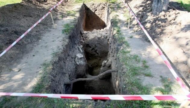 У Києво-Печерській лаврі показали 800-річні залишки оборонних мурів