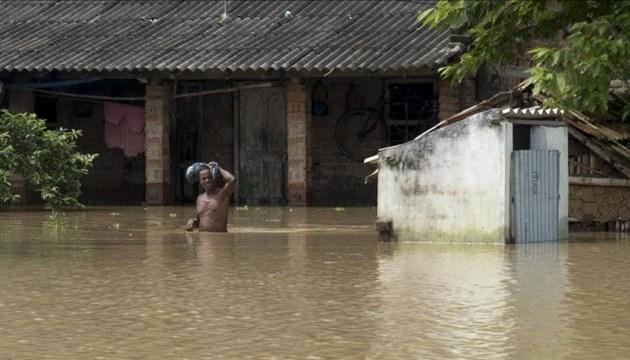 Число жертв наводнений в Индии выросло до 77