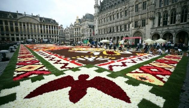 """Фестиваль """"Ковер из цветов"""" стартовал в Брюсселе"""