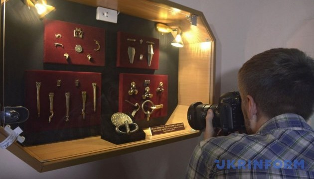 Колекція вінницького музею поповнилася унікальними артефактами