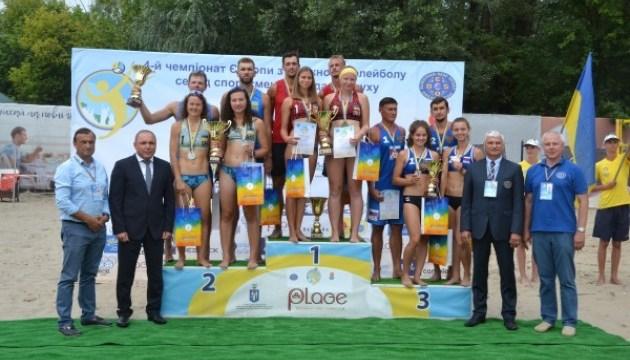 Украинцы победили на чемпионате Европы по пляжному волейболу среди спортсменов с нарушениями слуха