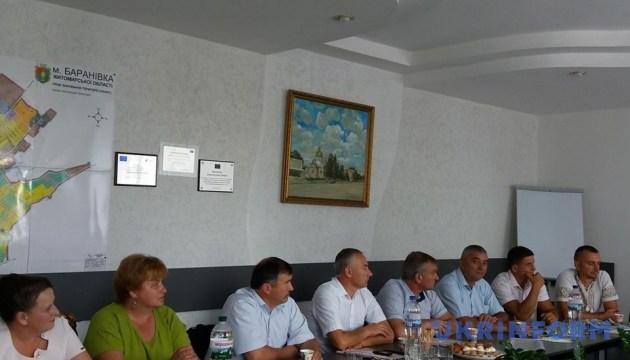 Голів громад на Житомирщині вчили залучати інвестиції