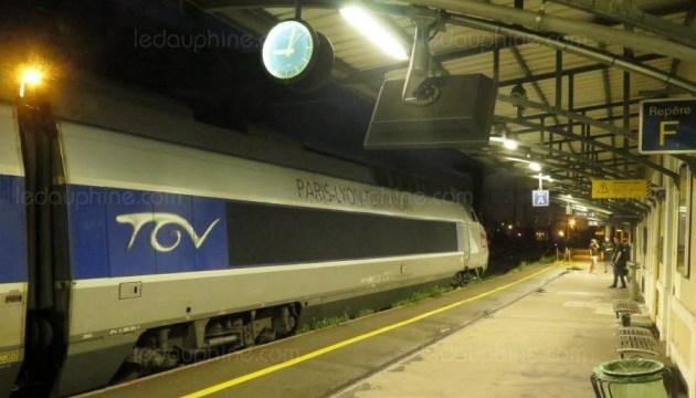 Аварія потяга Париж-Мілан: 600 пасажирів пересадили в автобуси