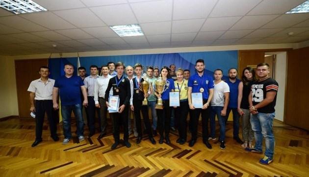 El Ministerio de Juventud y Deporte galardona a los ganadores y medallistas de los Campeonatos Mundial de Europa de Billar