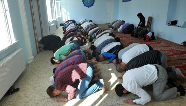 Порошенко привітав мусульман України з Курбан-Байрамом
