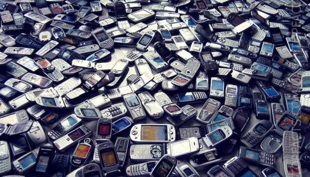 Во французских тюрьмах изъяли более 40 тысяч телефонов