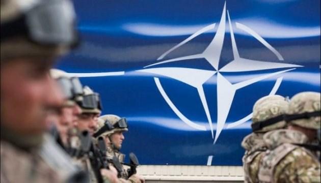 НАТО опровергает заявление Путина о приближении западных войск к российским границам