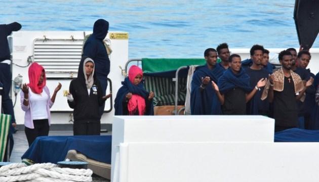 Швеция отказалась принимать мигрантов,