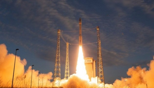 ESA запустило супутник для спостереження за вітрами
