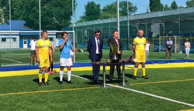 Луценко відкрив у Києві турнір з міні-футболу до Дня Незалежності України