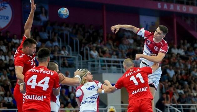 Гандбол: «Мотор» виграв перший матч на оновленій арені «Юність»