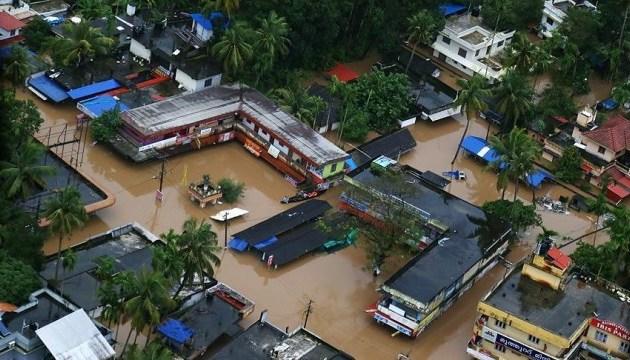 Наводнения в Индии: уже 445 погибших
