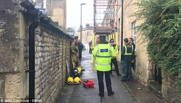 У Британії юнак помер через отруєння невідомим хімікатом — ЗМІ